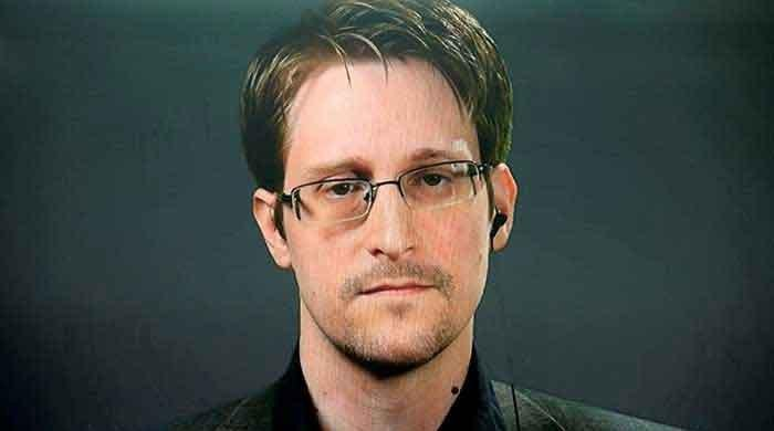 Smartphones 'worse than a spy' in your pockets, says Edward Snowden