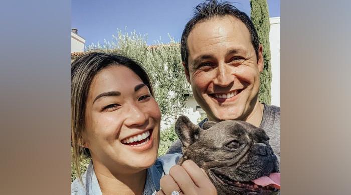 Glee's Jenna Ushkowitz ties the knot with David Stanley