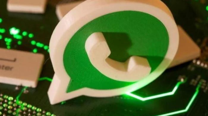 How to download WhatsApp status?