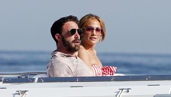 Jennifer Lopez, Ben Affleck live it up as they lounge in yacht in Italy
