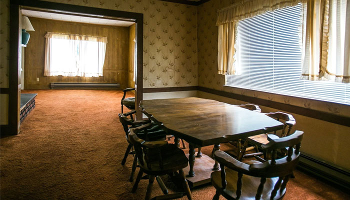 Kurt Cobains dining room / Photo by Page Six