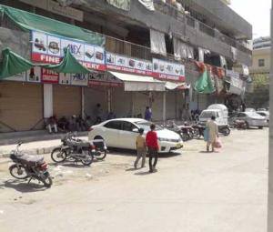 Karachi: Two arrested and several public places sealed for violation of COVID-19 SOPs
