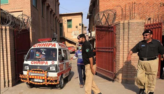 Two policemen guarding polio workers killed in Khyber Pakhtunkhwa