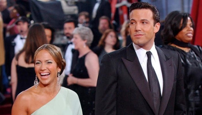 Jennifer Lopez makes her love for Ben Affleck all the more obvious