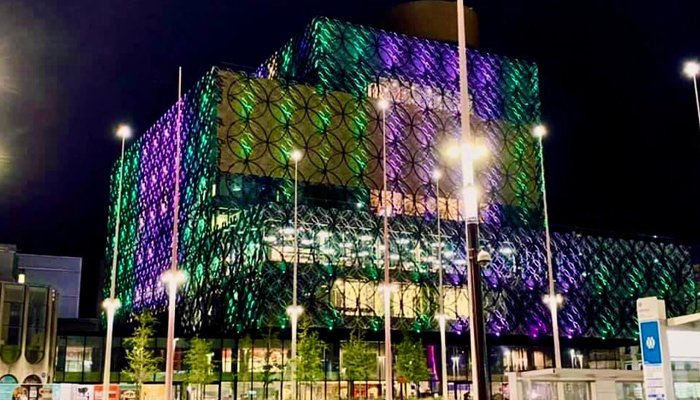 The Library of Birmingham lights up green and white on the occasion ofPakistan's 75th Independence Day, on August 14, 2021, inBirmingham, UK. — Photo by authors