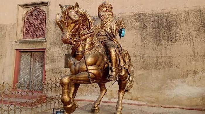 Ranjit Singh's statue vandalised at Lahore Fort; CM demands report