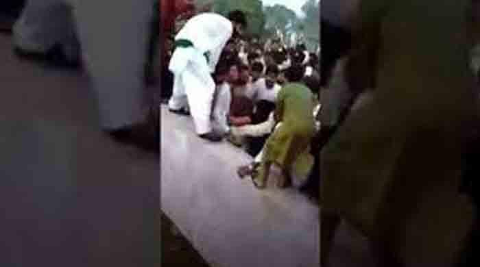 Punjab suspends cops for neglecting to respond to woman's assault at Minar-e-Pakistan
