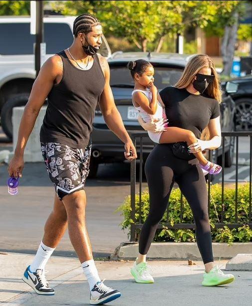 Khloe Kardashian, Tristan Thompson exchange hug, spark dating rumours