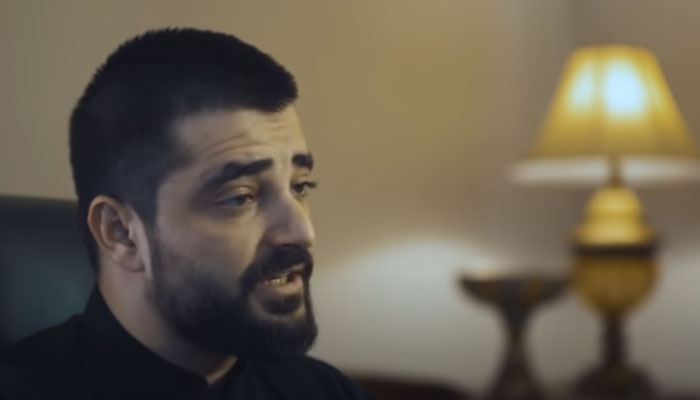 Men should lower their gaze and guard their modesty: Hamza Ali Abbasi