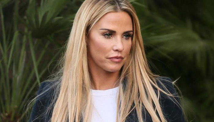 Katie Price announces 'newly single' status after 'dumping' Carl Woods
