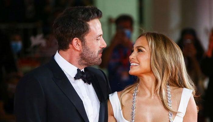 Jennifer Lopez and Ben Affleck face unexpected situation at Venice Airport