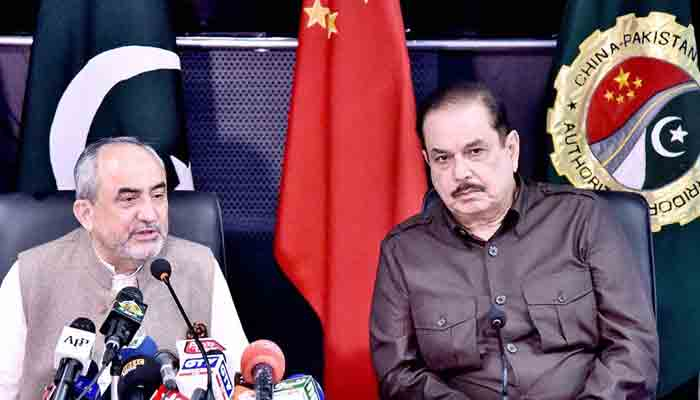Khalid Mansoor, Special Assistant to Prime Minister on CPEC Affairs, addresses a Press Conference. -APP