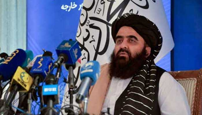 Afghanistans Acting Foreign Minister Amir Khan Muttaqi speaks during a press conference at the Foreign Ministry of Afghanistan in Kabul on September 14, 2021. — AFP