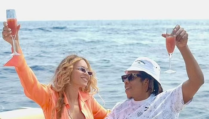 Beyonce shares new steamy snaps from romantic trip to Italy with Jay-Z and Blue Ivy