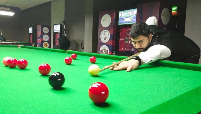 Haris Tahir advances to quarterfinals of the Asian Snooker Championship.