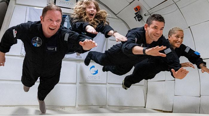 SpaceX's tourist crew 'healthy, happy and resting'