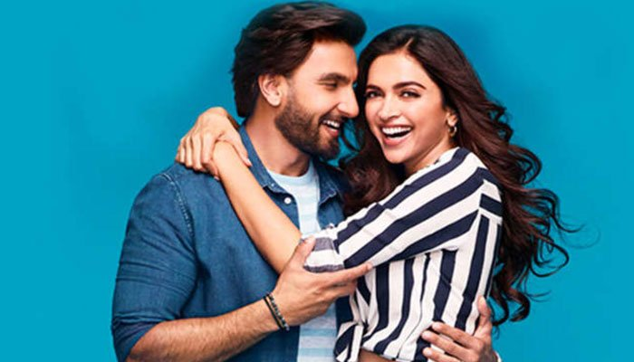 Deepika Padukone interrupts Ranveer Singhs chat session: When are you coming home?