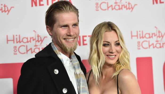 Kaley Cuoco solely focusing on herself amid divorce with Karl Cook - Geo News