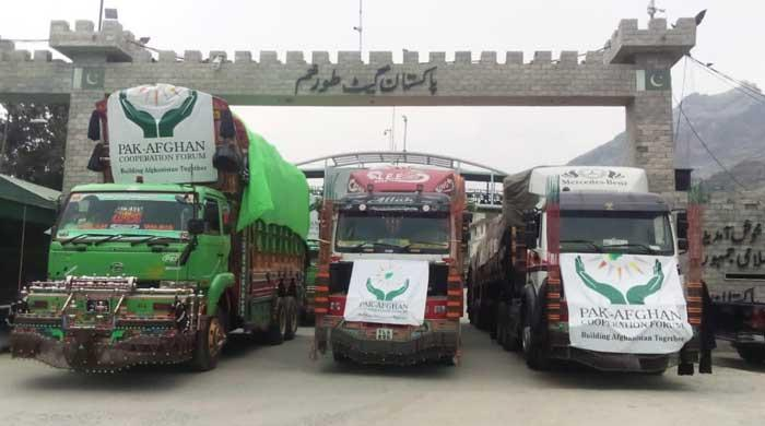 Taliban to arrest, disarm fighters who removed Pakistan flag from aid truck