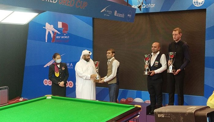 Pakistan cueist Babar Masih wins silver after losing the final of the IBSF 6-Red Cup at the hand of Indias Pankaj Advani.