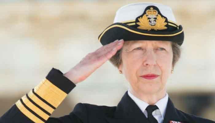 Queen Elizabeths daughter Princess Royal to visit Paris next month