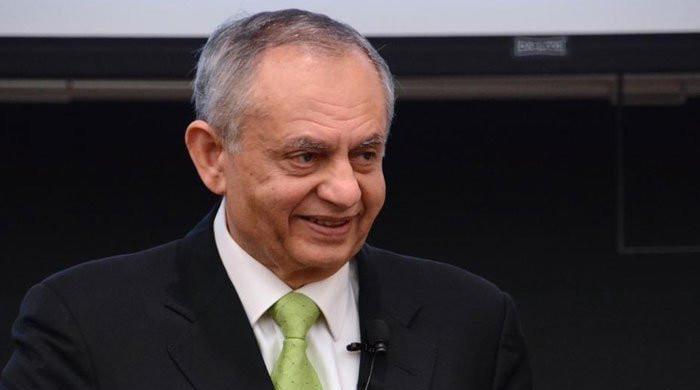 Samsung to establish TV line-up plant in Pakistan: Razak Dawood
