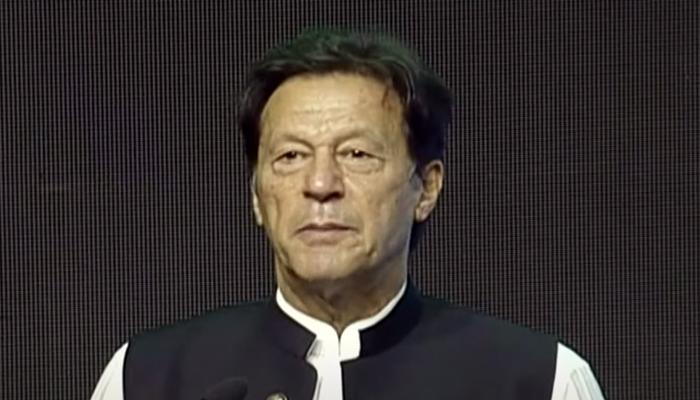 PM Imran Khan addresses Kissan Card convention inDera Ghazi Khan, on September 23, 2021. — YouTube/HumNewsLive