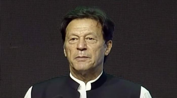 PM Imran Khan stresses on importance of making Pakistan self-sufficient in food crops