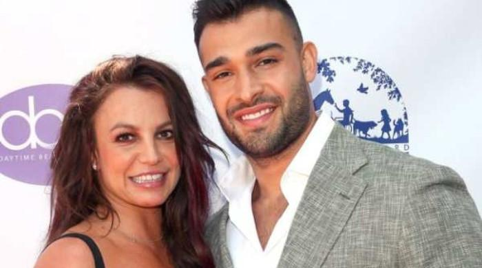 Britney Spears to get Sam Asghari sign prenup before wedding? Lawyer reveals