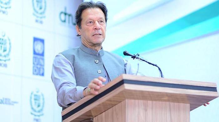 Govt against fake news, not free media: PM Imran Khan