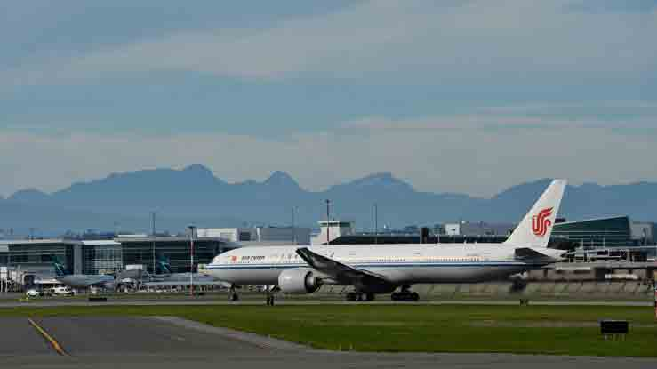 An Air China flight bound for Shenzhen, believed to be carrying Huawei CFO Meng Wanzhou, takes off from Vancouver International Aiport in Richmond, British Columbia, Canada September 24, 2021. -REUTERS