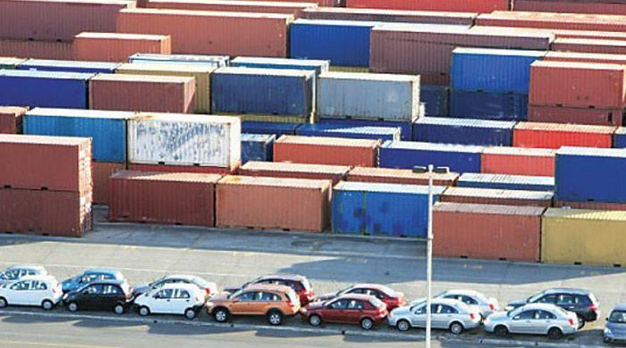 Govt mulling to jack up regulatory duty on import of luxury items