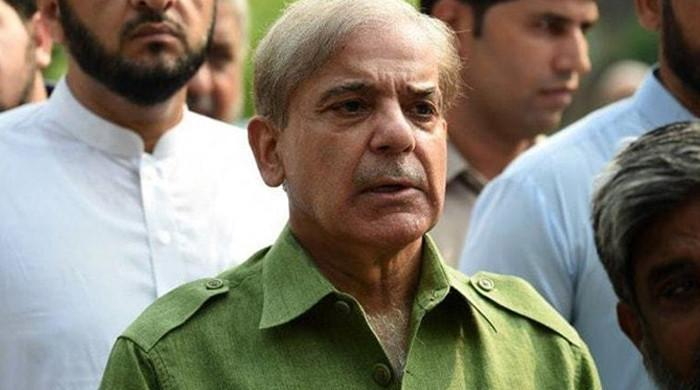 Shahbaz Sharif demands that govt withdraw proposed hike in gas prices