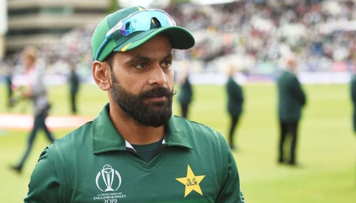 Pakistan all-rounder Mohammad Hafeez speaks to the media. Photo: AFP