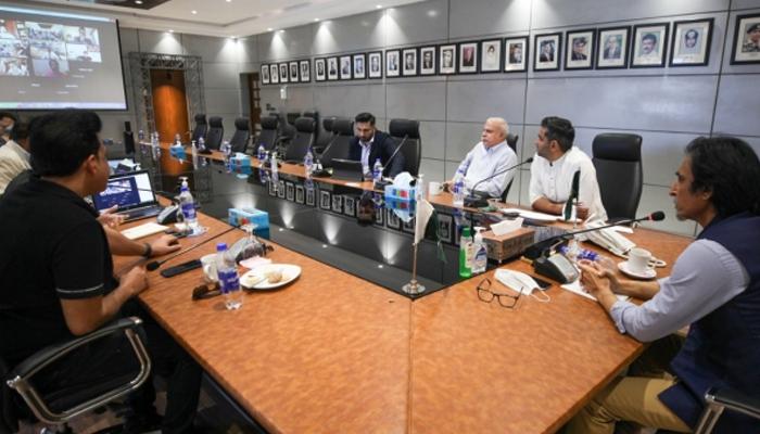 Pakistan Cricket Board (PCB) Chairman Ramiz Raja chairs a meeting of thePakistan Super League Governing Council. — PCB/File