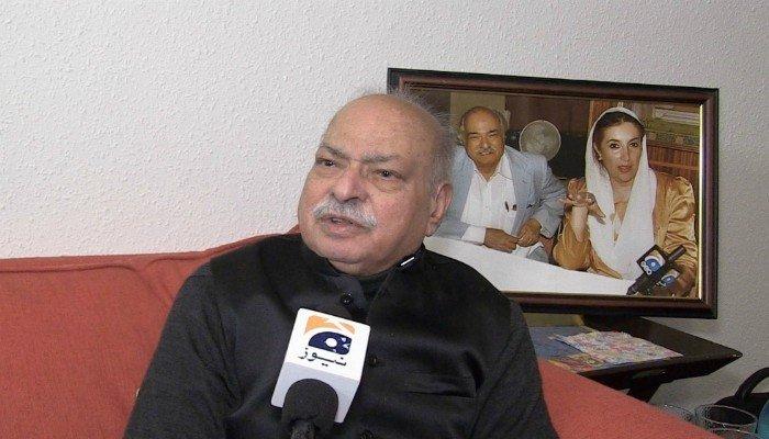 PPP leader Wajid Shamsul Hasan speaks to Geo News. Photo: File