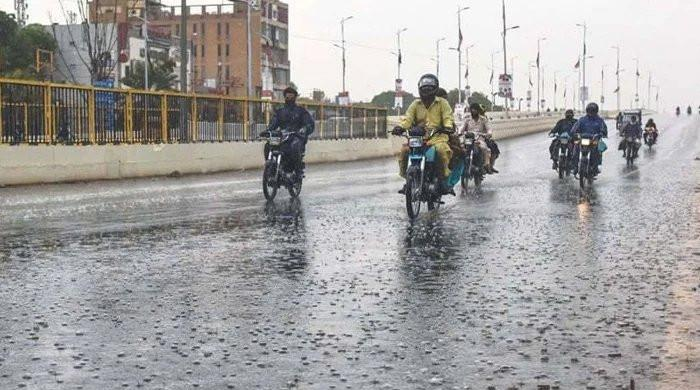Weather update: Heavy rain with thunderstorm expected again in Karachi today