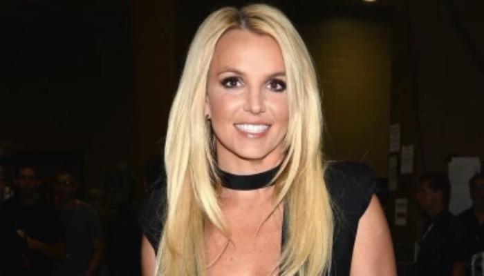 A pesar de sus planes de despedirse de la industria para siempre, Britney ha estado escribiendo nuevas canciones.