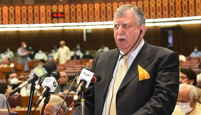 In this handout picture released by Pakistan´s National Assembly on June 11, 2021, Finance Minister Shaukat Tareen presents the annual fiscal budget at the National Assembly in Islamabad. — AFP/File