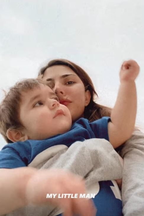 Naimal Khawar Khans little man Mustafa poses for adorable selfies with mommy