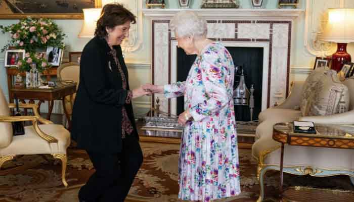 Pianist Dame Imogen Cooper receives Medal for Music from Queen Elizabeth