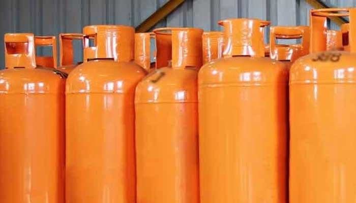 The demand for LPG, locally, is consistently increasing and production is stagnant, leading to increased imports. Photo: Geo.tv/ file