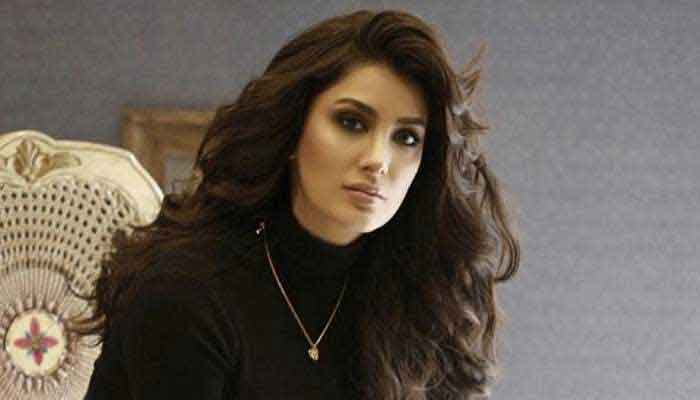 Mehwish Hayat voices admiration for Jennifer Lopez