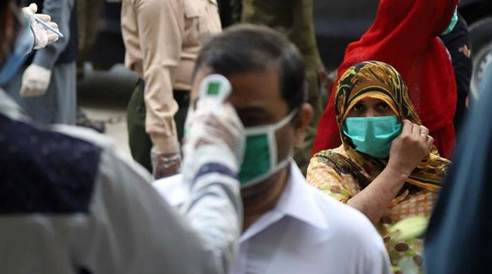 Pakistan reports massive decline in active COVID-19 cases