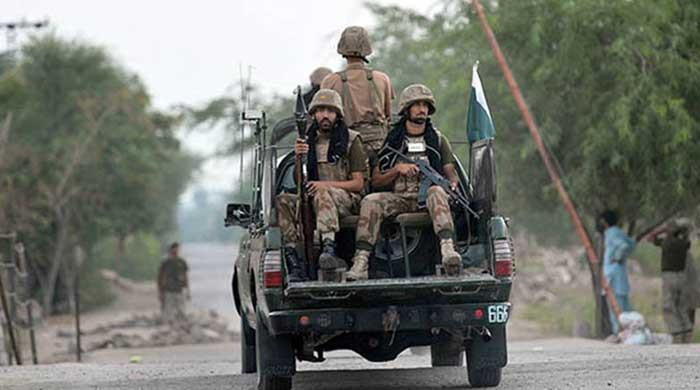 Two FC soldiers, two police constables martyred in IED blast: ISPR