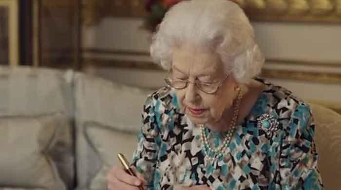Queen Elizabeth urged to let Prince Charles become King regent