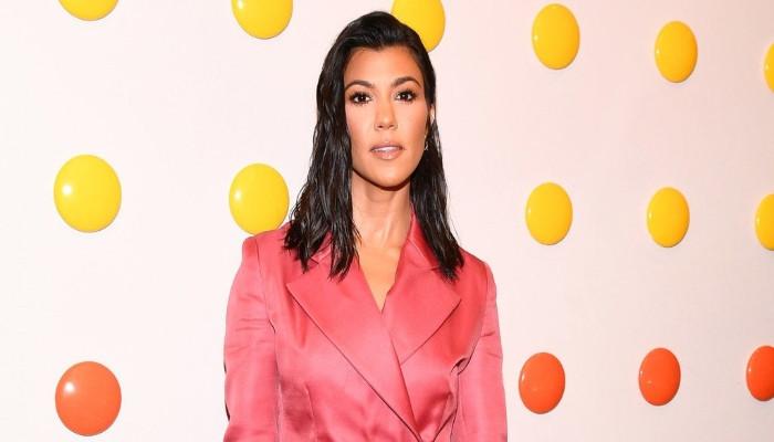 Kourtney Kardashian, Travis Barkers marriage to happen sooner than expected - Geo News