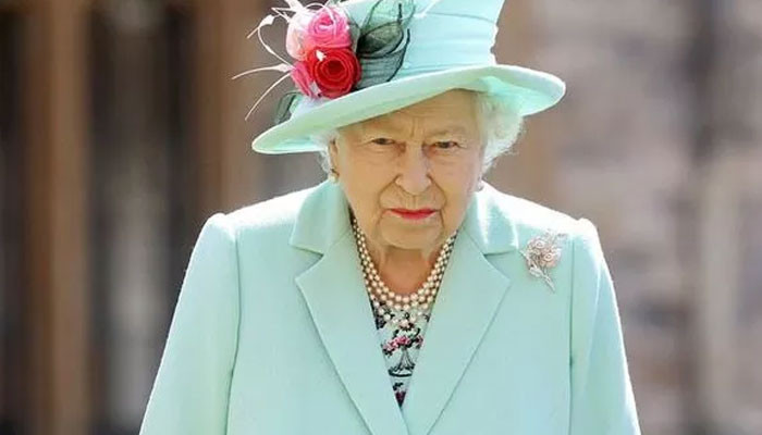 Queen Elizabeth eager to return to royal duties after hospitalization - Geo News