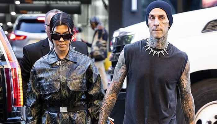 Travis Barker gets new tattoo of Kourtney Kardashians lips to cover up exs name - Geo News