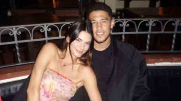 Kendall Jenner gives special reward to beau Devin Booker after Suns' win over the Lakers